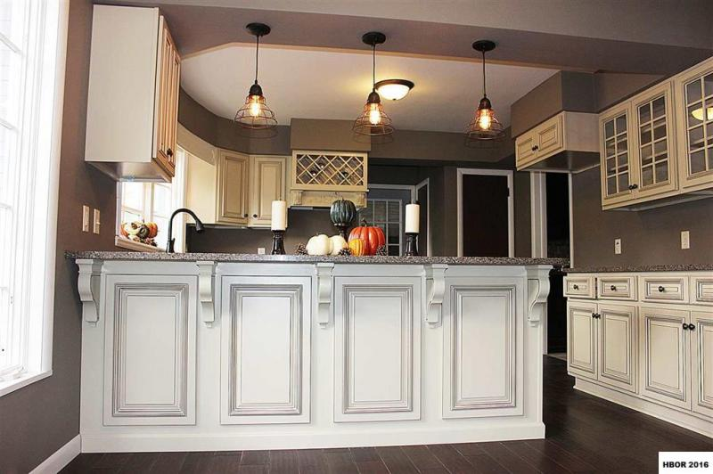 Heritage White Kitchen Cabinets