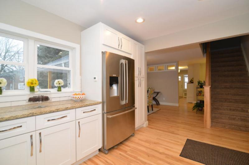 Elegant white shaker kitchen cabinets rta cabinet store - Elegant white kitchen cabinets ...